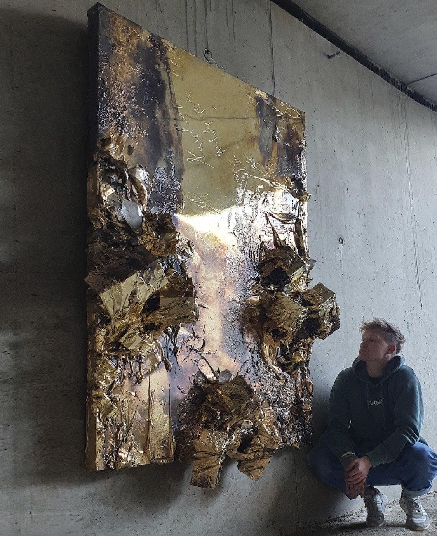 igor big metal relief